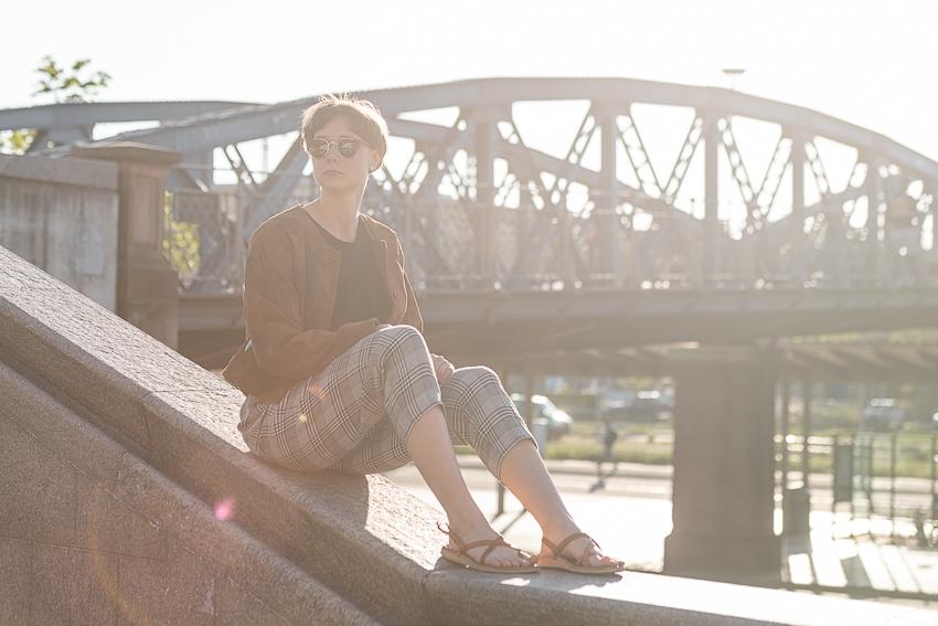 Lifestyle Bild an der blauen Brücke